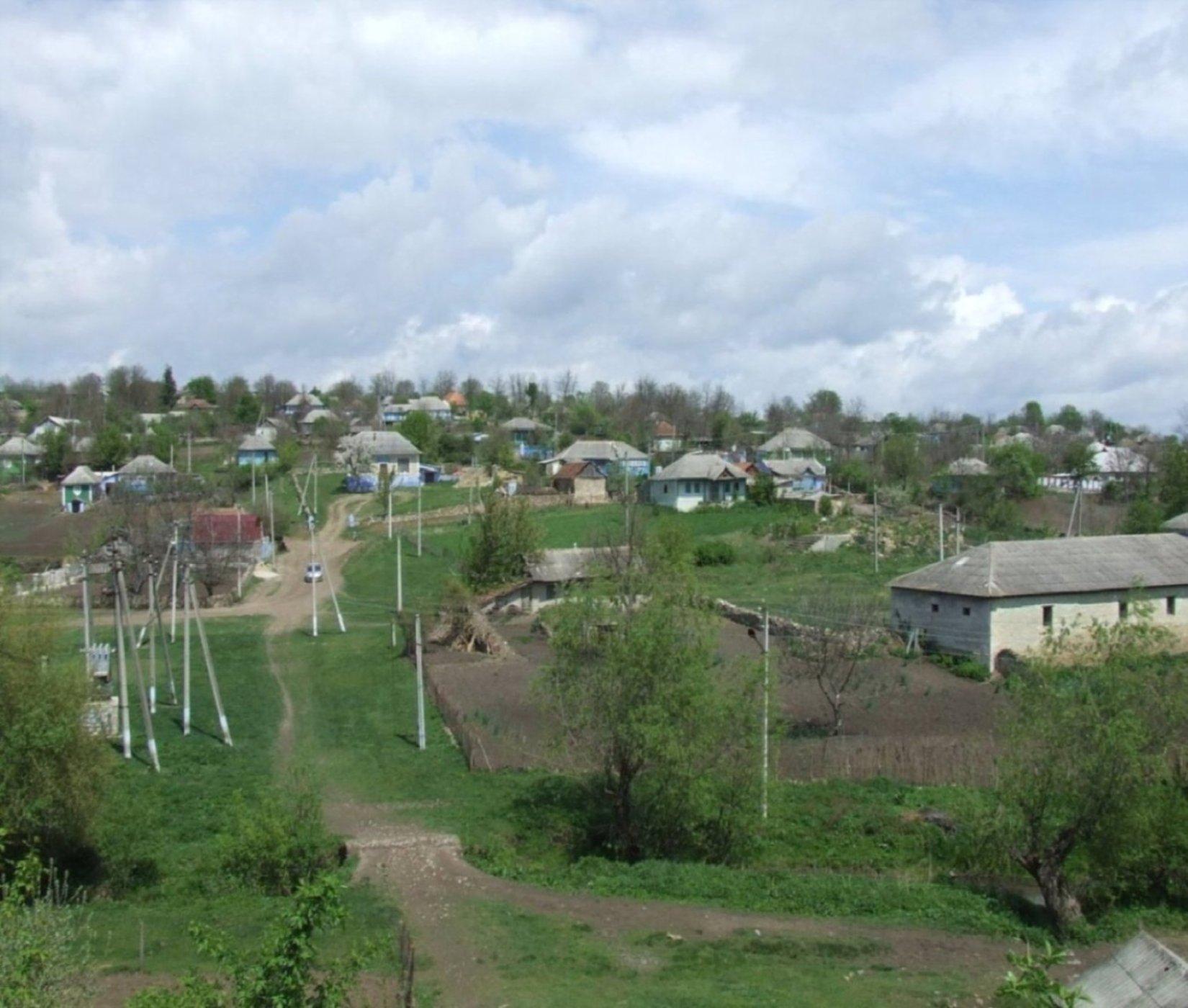 http://tourisme-moldavie.wifeo.com/images/moldavie-mai-09-085.jpg